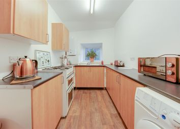 Thumbnail 1 bed flat to rent in Bacup Road, Waterfoot, Rossendale