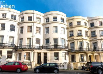 Lansdowne Place, Hove BN3. 3 bed flat for sale