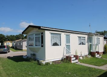 Thumbnail 1 bed property for sale in Little Clacton, Essex