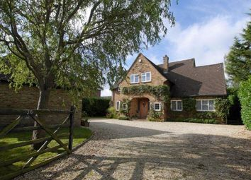 Thumbnail 4 bed detached house to rent in Denham Lane, Chalfont St. Peter, Gerrards Cross