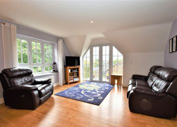 Thumbnail 2 bed flat for sale in Rectory Avenue, High Wycombe