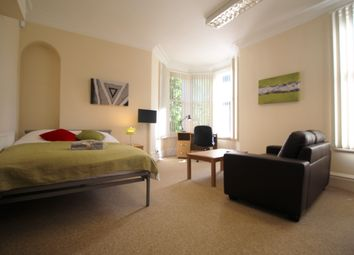 Thumbnail Room to rent in Warwick Row, Room 3, Coventry