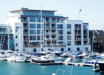 Harbour Club Apartments, 1 Harbour Quay, Eastbourne BN23. 4 bed flat
