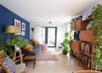 Thumbnail 2 bedroom flat to rent in Eythorne Road, London
