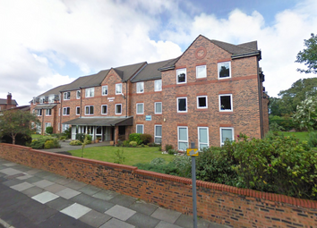 Thumbnail 1 bed flat to rent in Homedove House, Blundellsands Road East, Blundellsands, Lancashire