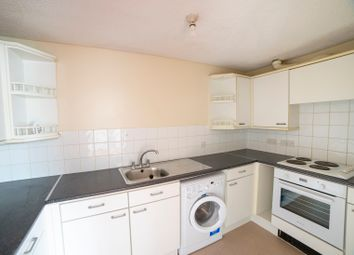 Thumbnail 2 bed flat to rent in Troy Close, Headington