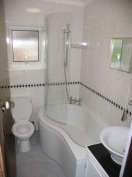 Thumbnail 1 bed flat to rent in Mount Harry Road, Lewes