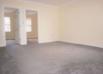 Thumbnail 2 bed flat to rent in Herschel Street, Slough
