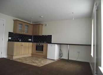 Thumbnail 2 bed flat to rent in 12A High Street, Neston, Cheshire