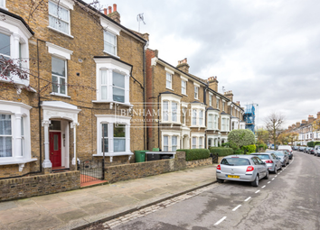 Thumbnail 1 bedroom flat to rent in Roderick Road, Hampstead Heath