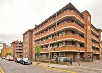 Thumbnail 4 bed flat to rent in Quaker Street, London