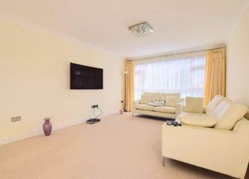 Thumbnail 2 bed flat to rent in Bedford House, Stratton Close, Edgware