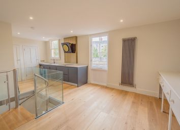 Thumbnail 2 bed maisonette to rent in Henrietta Street, Bath