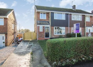 3 bed semi-detached house for sale in Station New Road, Tupton S42