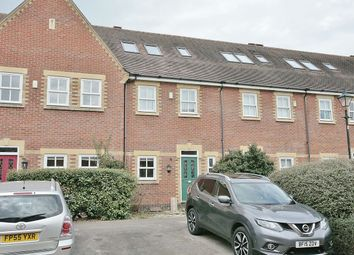 Thumbnail 4 bed terraced house to rent in Plater Drive, Oxford