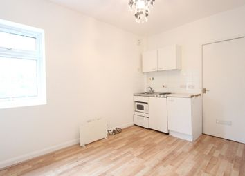 Thumbnail Studio to rent in Cromwell Street, Hounslow