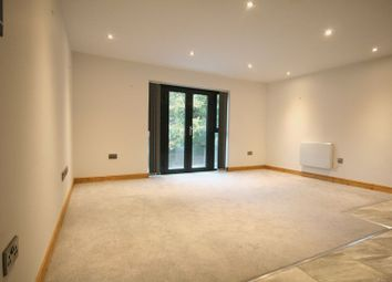 Thumbnail 1 bed property to rent in High Street, Chesham