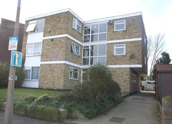 Thumbnail 2 bed flat to rent in Beresford Road, Chingford, Chingford