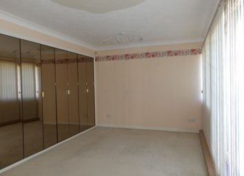 Thumbnail 2 bed town house to rent in North Row, Milton Keynes