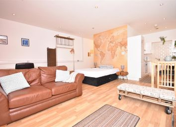 Thumbnail 1 bed flat to rent in Castle Street, Swansea