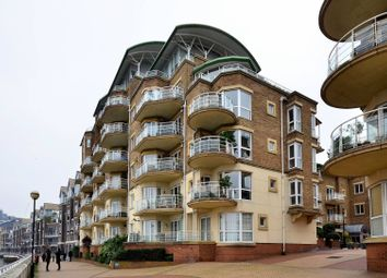 Thumbnail 4 bed flat to rent in Chatfield Road, Battersea