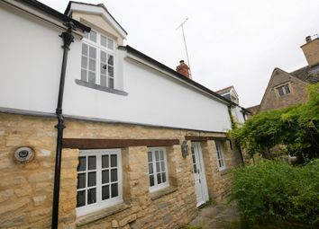 Thumbnail 2 bed cottage to rent in High Street, Lechlade