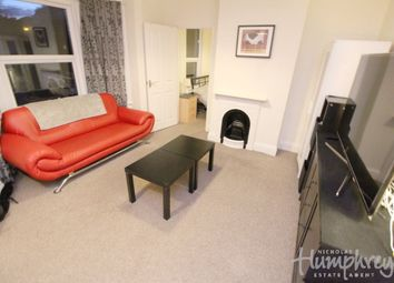 Thumbnail 1 bed flat to rent in Norfolk Road, Reading