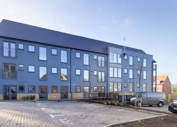 Thumbnail 2 bed flat to rent in Blackmoor Drive, Basingstoke