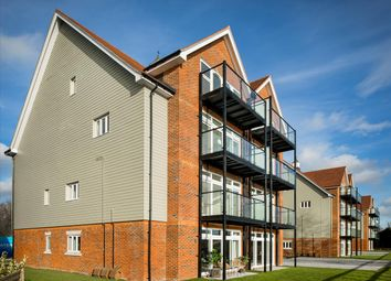 The Wharf At Water's Edge, Mytchett Road, Nr Camberley, Surrey GU16. 2 bed flat for sale