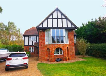 Thumbnail 4 bedroom detached house to rent in River Road, Taplow, Maidenhead