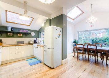 4 bed property to rent in Larch Road, Cricklewood NW2