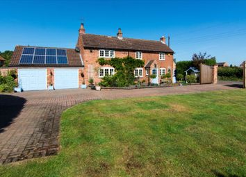 Thumbnail 3 bed cottage for sale in Station Road, Sutton-On-Trent, Newark