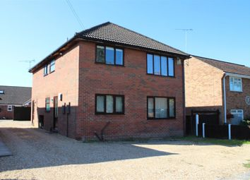 Thumbnail 2 bed flat for sale in Hendon Road, Bordon