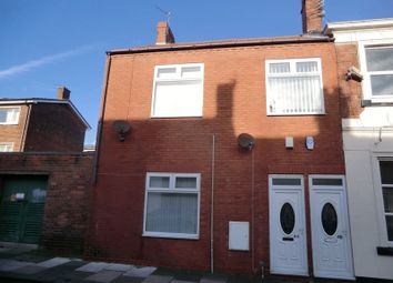Thumbnail 2 bed flat to rent in Marlow Street, Blyth