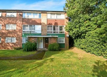 Thumbnail 2 bedroom flat for sale in Compton Road, Hayes