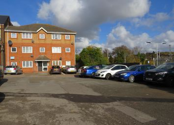 Thumbnail 1 bed flat to rent in Station Approach West, Earlswood, Redhill