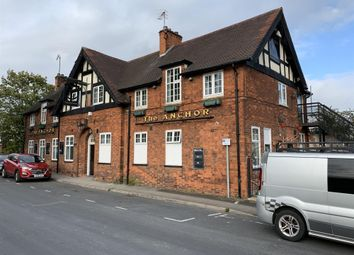 Thumbnail Pub/bar for sale in Popular Public House In Chesterfield Suburb S40, Derbyshire
