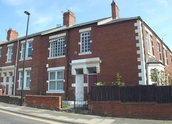 Thumbnail 2 bedroom flat to rent in Park Road, Wallsend