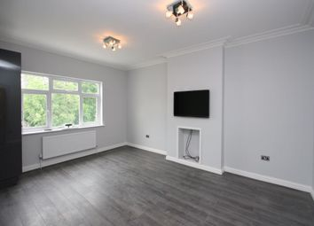 Thumbnail 1 bed flat to rent in Alexandra Park Road, Muswell Hill, London