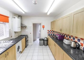 Thumbnail 6 bed terraced house to rent in Hermitage Road, Finsbury Park