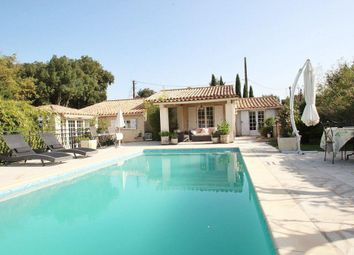 Thumbnail 3 bed villa for sale in Bagnols-En-Foret, Provence-Alpes-Cote D'azur, 83600, France