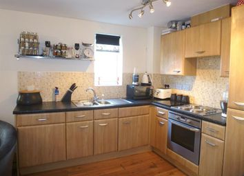Thumbnail 2 bedroom flat to rent in Waterfall Close, Hoddesdon