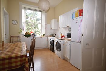 Thumbnail 2 bed flat to rent in Comely Bank Avenue, Edinburgh Available 17th April