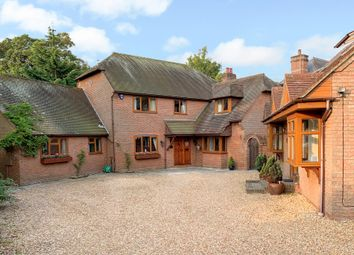 High Street, Hamble, Southampton SO31. 7 bed detached house