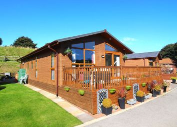 Thumbnail 2 bed lodge for sale in Sun Valley Road, Scarborough