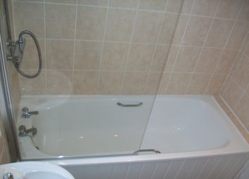 Thumbnail 5 bed terraced house to rent in Landcross Road, Fallowfield