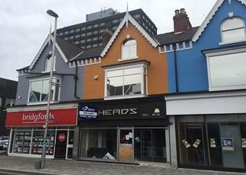 Thumbnail Retail premises to let in 116 Linthorpe Road, Middlesbrough, Teesside
