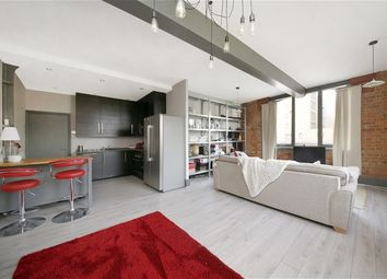 Thumbnail 1 bedroom flat for sale in Silverdale, London