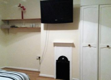 Thumbnail Room to rent in Bankfoot Road, Bromley, Kent