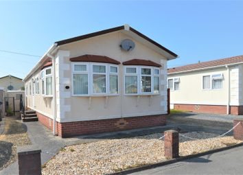 2 bed mobile/park home for sale in Estuary Park, Llangennech, Llanelli SA14